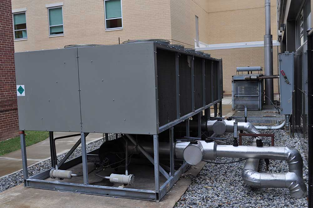 E--Air-Cooled-Chiller-Installation---Hospitality--1